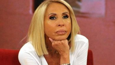 Photo of Laura Bozzo muy enojada por la disolución del Congreso